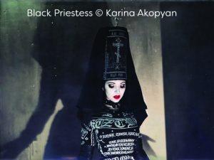 black-small-priestess